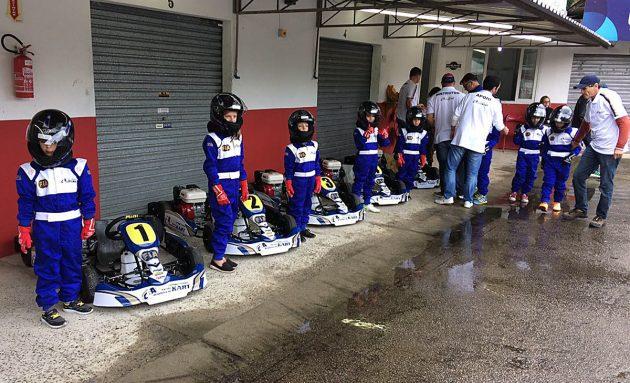 CBA disponibilizará franquias <br>da Escola Brasileira de Kart